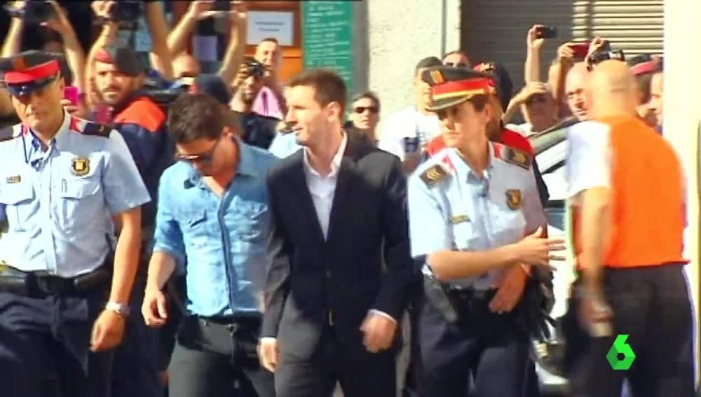 Messi, compareciendo ante la Justicia española