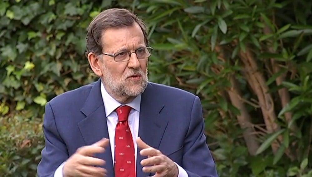 """Frame 3.747452 de: Rajoy considera que """"en este momento lo más sensato es un debate a cuatro"""""""