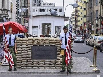 El falso Checkpoint Charlie, en Berlín.