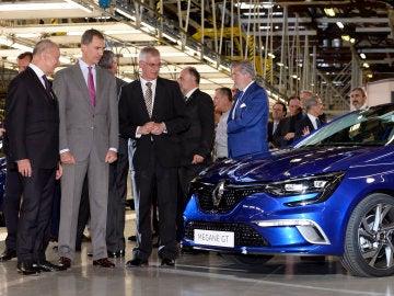 El Rey en las instalaciones de Renault en Palencia