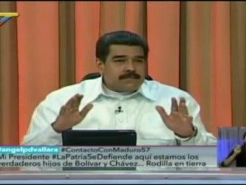 """Frame 24.034569 de: Maduro anuncia que emprenderá acciones judiciales por la """"guerra psicológica"""" de los medios españoles"""
