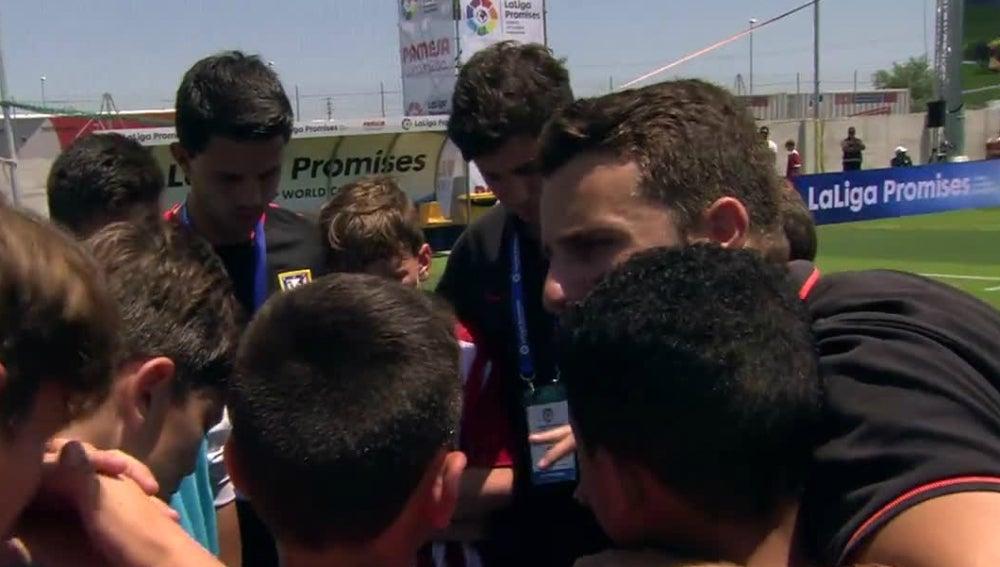 Charla del técnico del Atlético en LaLiga Promises