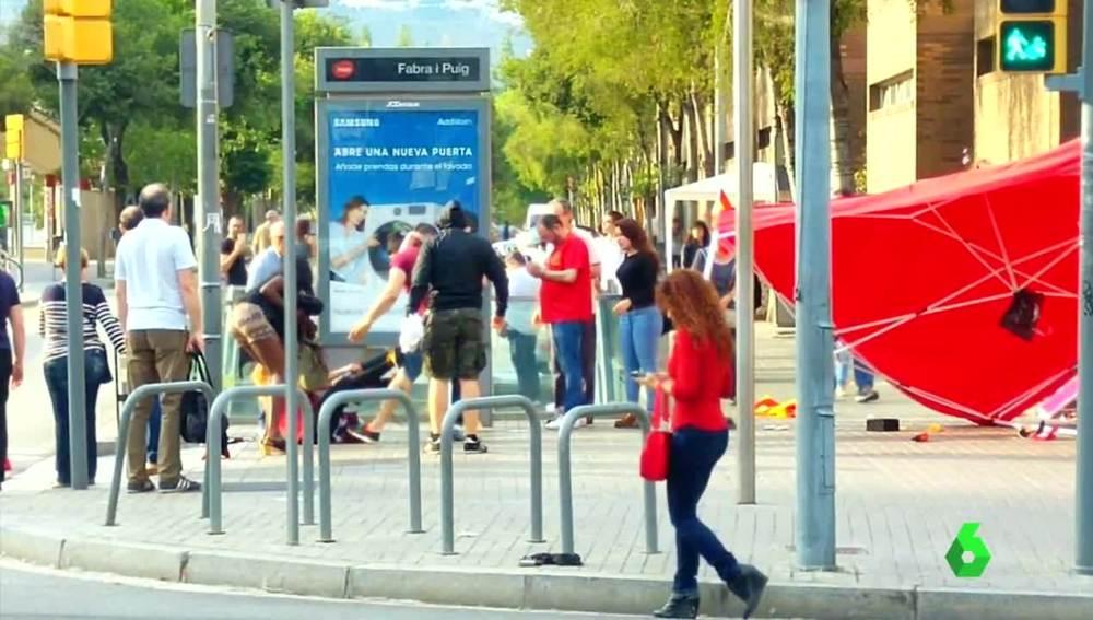 El momento de la agresión en Barcelona
