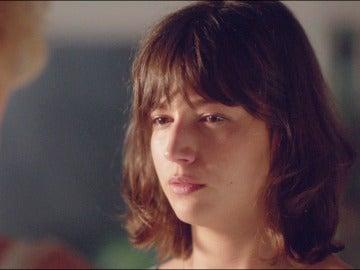 Ester descubre la verdad sobre Carlos