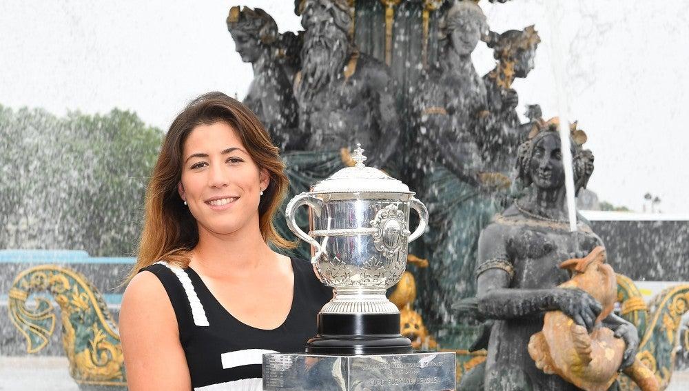 Garbiñe Muguruza, con el Roland Garros en París