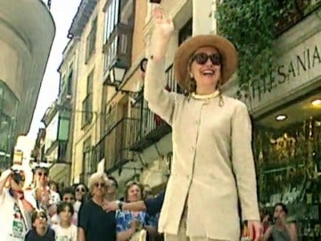 Frame 3.72612 de: Hillary Clinton y España