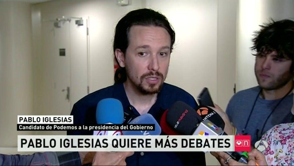 Frame 17.027601 de: Pablo Iglesias pide al PSOE que diga con quiere pactar
