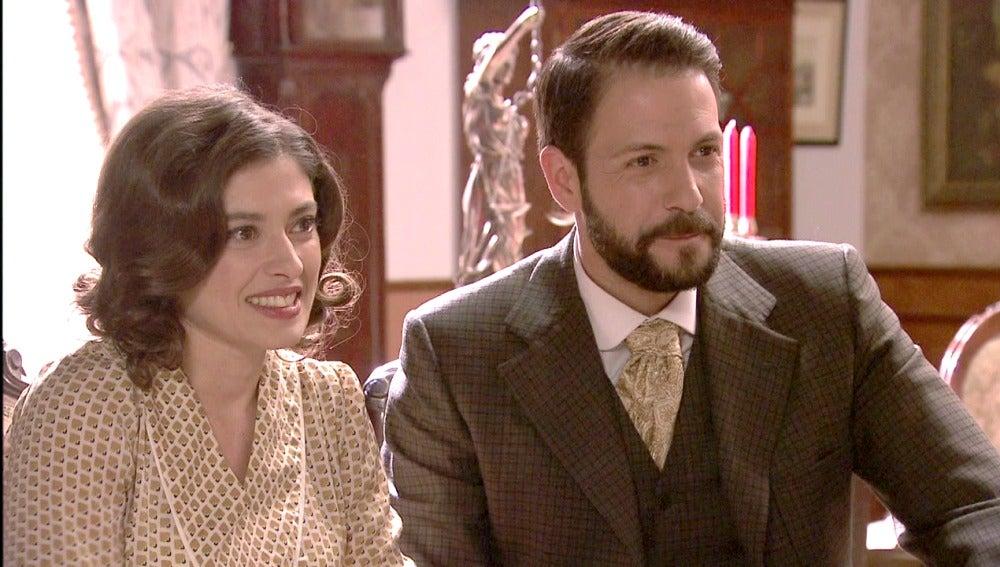 Candela y Severo anuncian su paternidad