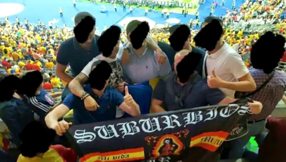 Frame 0.0 de: Un grupo de ultras españoles viajan a Niza para el España - Turquía