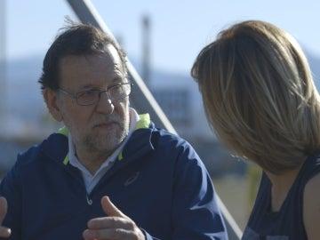 Mariano Rajoy conversa con Susanna Griso en 'Dos días y una noche'