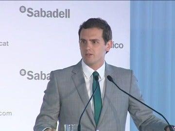 Frame 2.244525 de: Rivera deja claro que no facilitará un Gobierno de Rajoy ni se abstendrá para facilitarlo