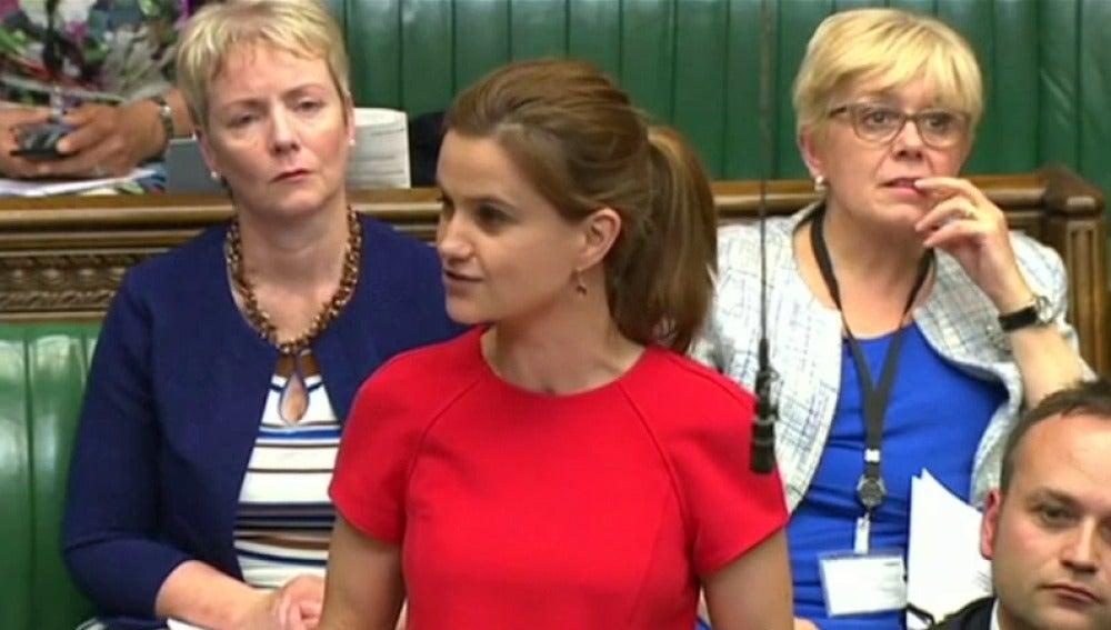 Conmoción en Reino Unido por el asesinato de la diputada laborista proeuropea Jo Cox