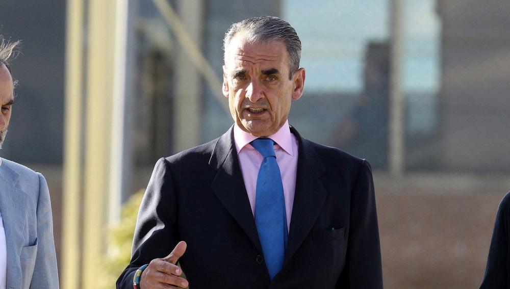 Mario Conde abandona la prisión de Soto del Real