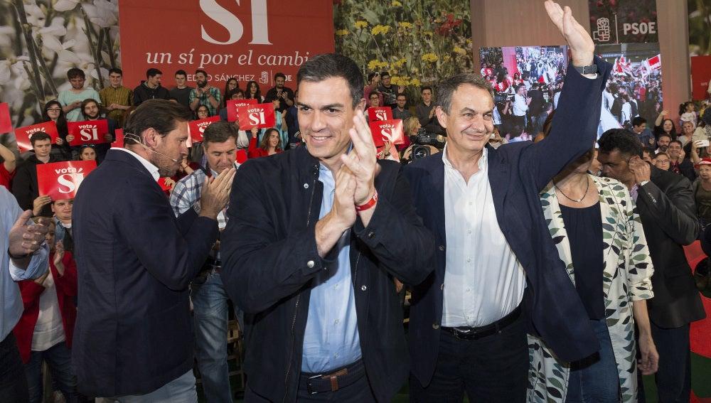 Sánchez y Zapatero en Valladolid