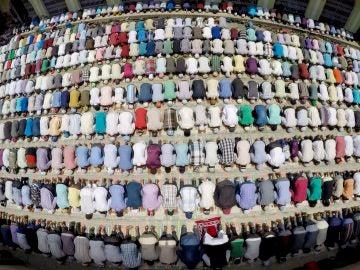 Rezando en el Ramadán