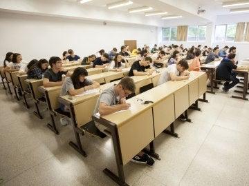 Imagen de archivo de alumnos en la Selectividad