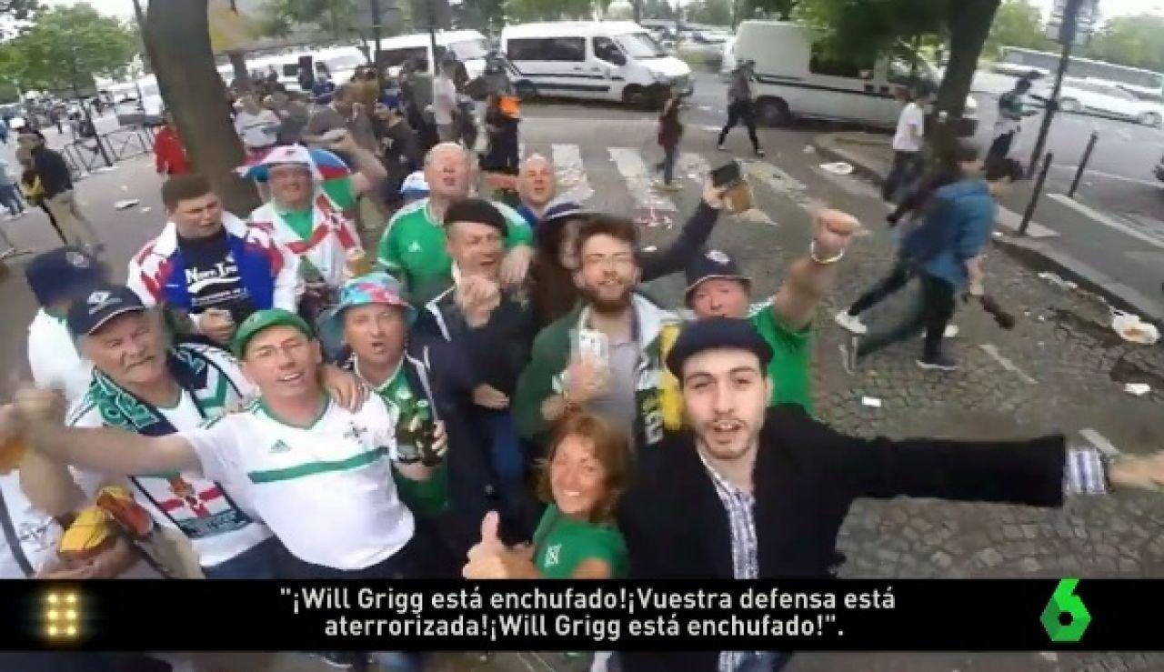 Aficionados de Irlanda del Norte cantando la canción de Will Grigg