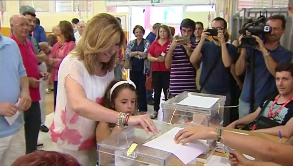 """Frame 16.128099 de: Susana Díaz espera una """"alta participación"""" y no prevé unas nuevas elecciones"""