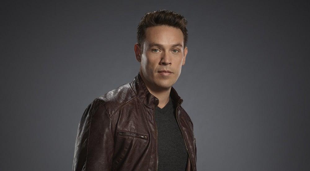 Kevin Alejandro es Dan Espinoza en 'Lucifer'