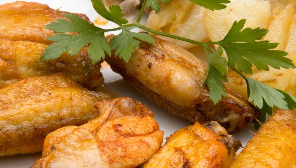 Alitas de pollo con patatas y setas | ANTENA 3 TV