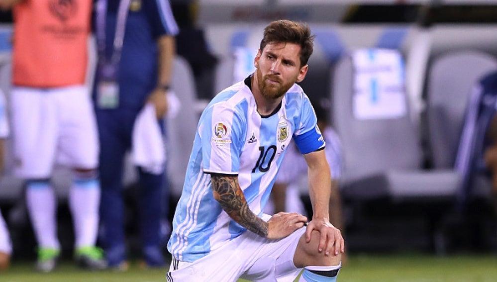 Messi, durnate un partido con la selección argentina