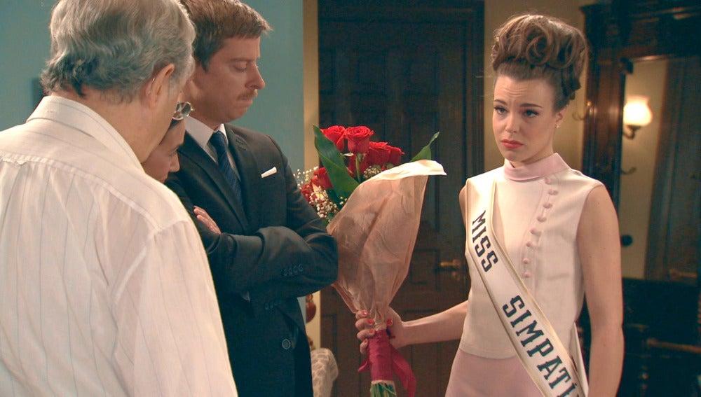 María se convierte en Miss Simpatía