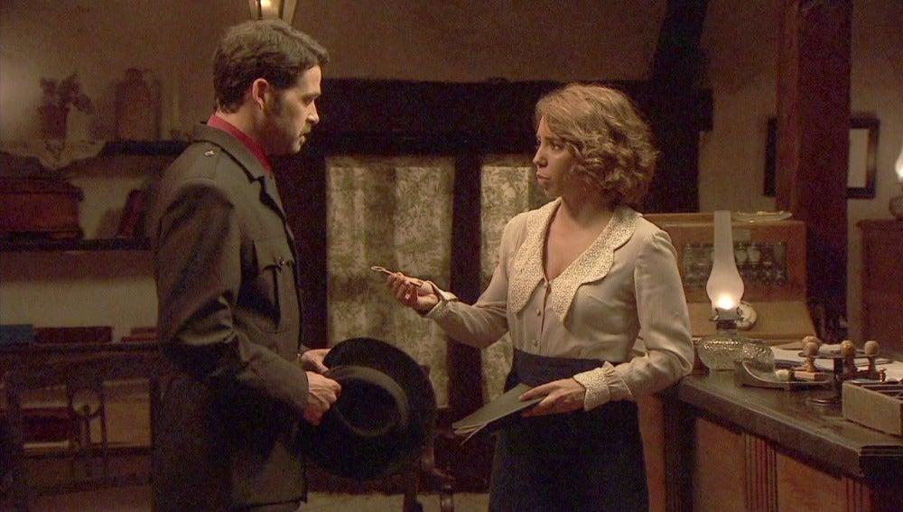 Emilia entrega a Garrigues la llave maestra