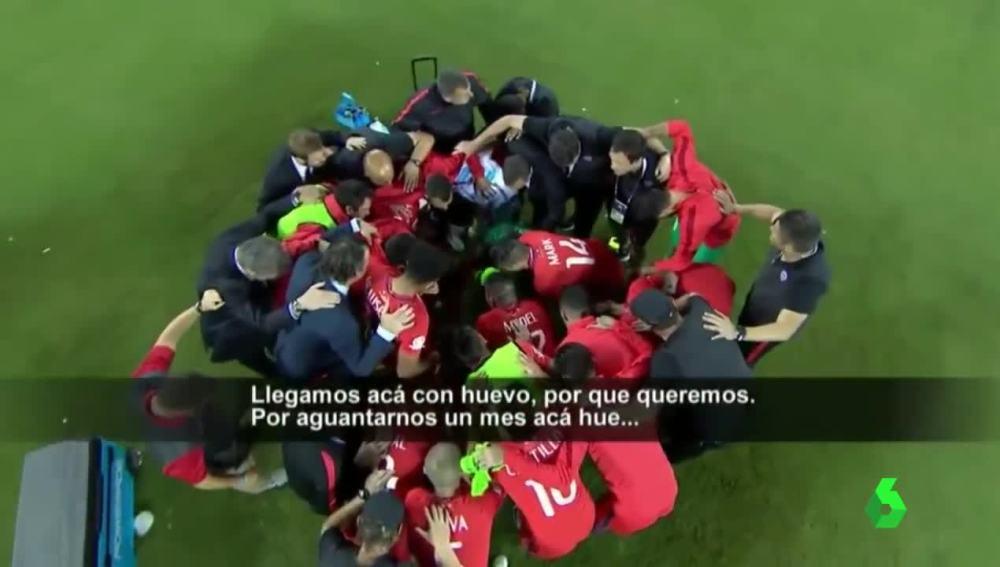Emotiva arenga de Bravo en los penaltis contra Argentina