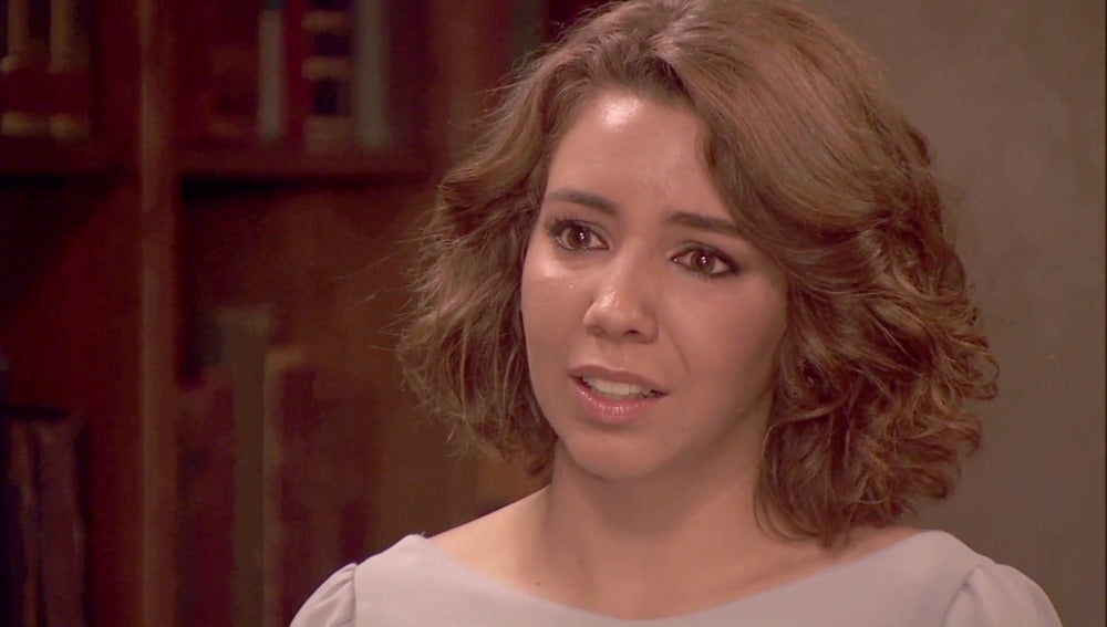Emilia informa a Francisca de la detención de Raimundo