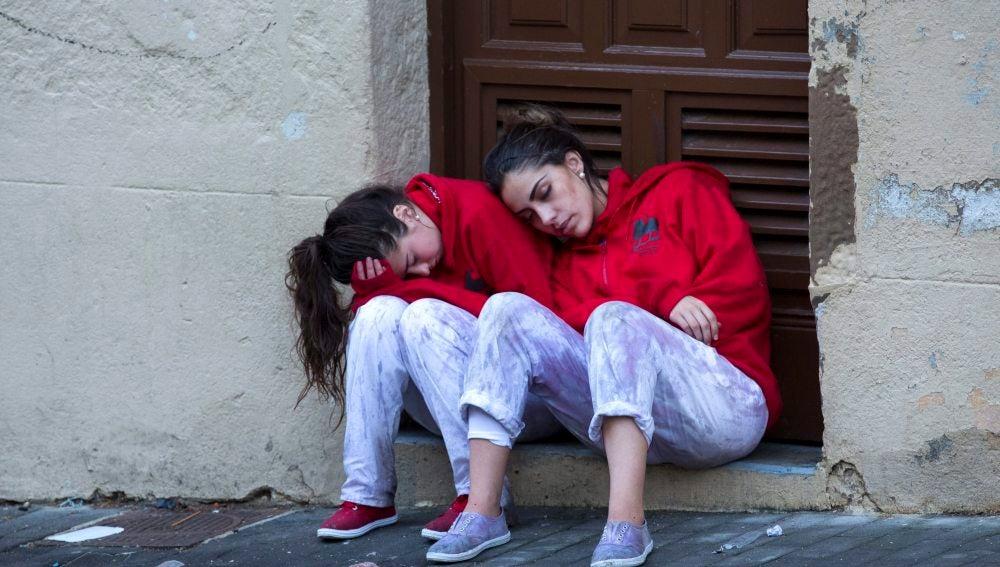 Dos chicas en San Fermín