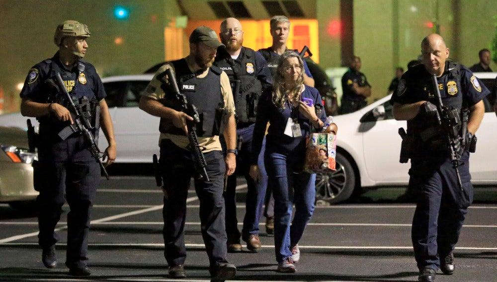 Agentes de policía de Dallas.