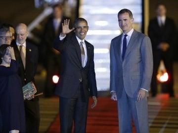 Obama llega a Madrid en su primera vista como presidente de EEUU