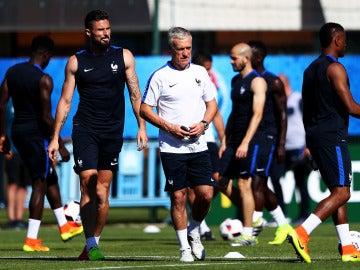 Deschamps, en un entrenamiento de la selección francesa