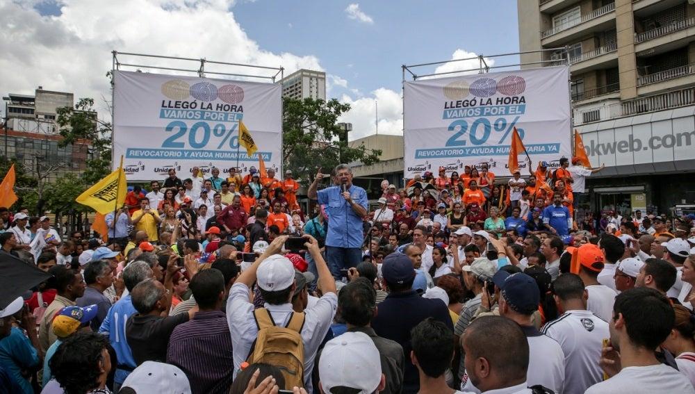 """La oposición venezolana dialogará con """"quien sea"""" si se respetan las condiciones"""