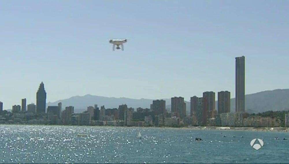 Frame 117.106688 de: drones