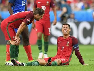 Cristiano se lesionó en el minuto 25