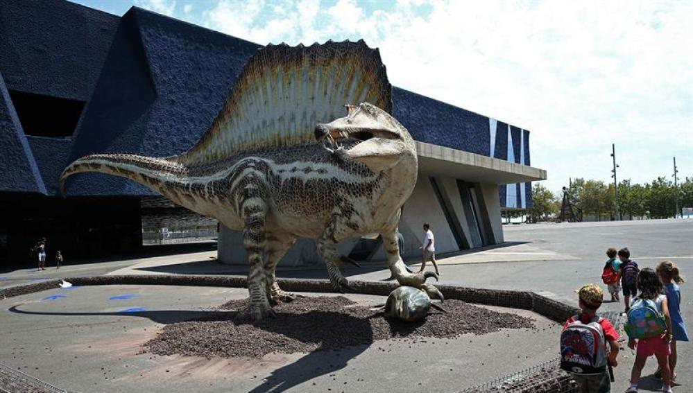 Reproducción a tamaño real del Spinosaurus