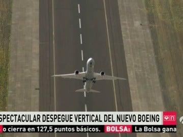 Despegue en vertical del nuevo modelo de Boeing