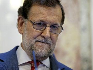 El presidente del Gobierno en funciones, Mariano Rajoy, durante la rueda de prensa ofrecida en el Congreso