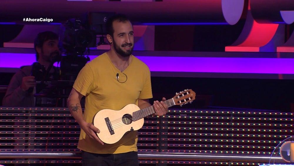 Arturo Valls inspira la canción del concursante