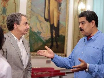 Zapatero junto a Maduro en el Palacio de Miraflores