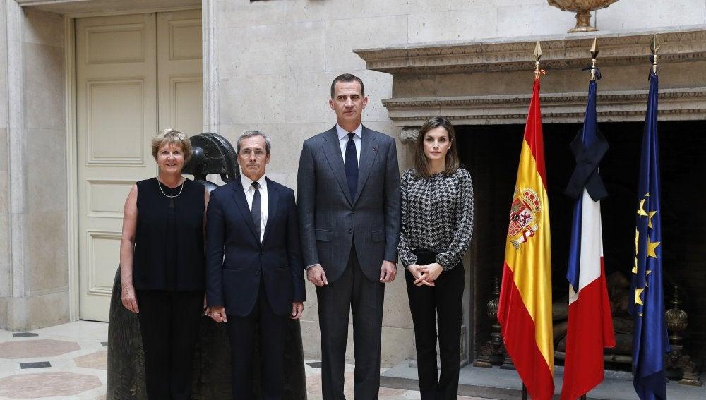 Los Reyes trasladan al embajador de Francia sus condolencias por el atentado