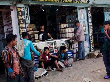 Una tienda local en la que se vende alcohol