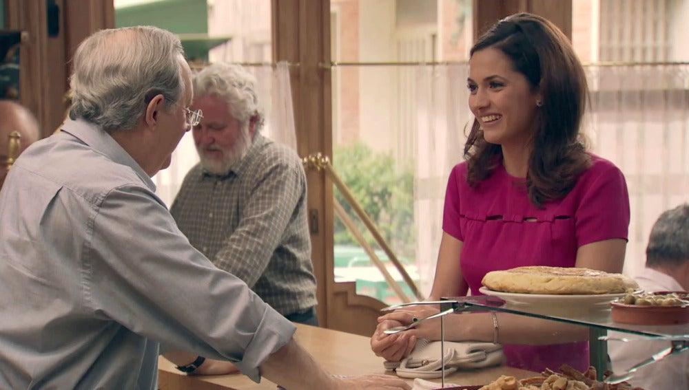 Sofía quiere que Guillermo se acerque a Carlota