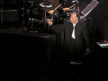 Julio Iglesias durante su concierto en Gran Canaria