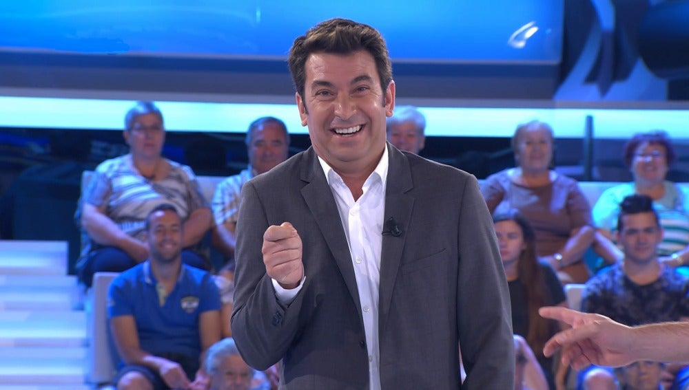 Arturo Valls se parte de la risa