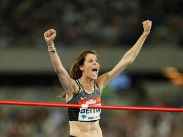 Ruth Beitia celebra la victoria