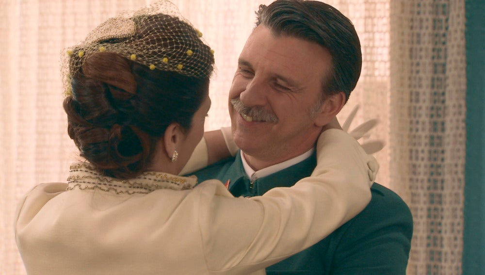 Adela y Tomás se casan