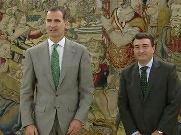 """Frame 9.796054 de: El PNV votará """"no"""" a una posible investidura de Mariano Rajoy"""