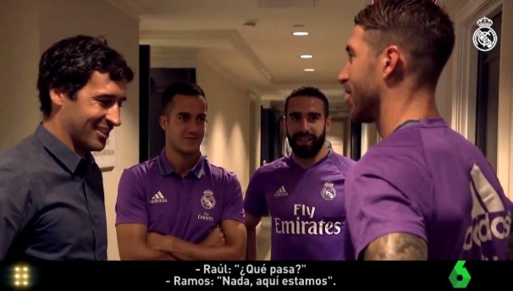 Raúl saluda a Ramos en la concentración del Real Madrid en Nueva York